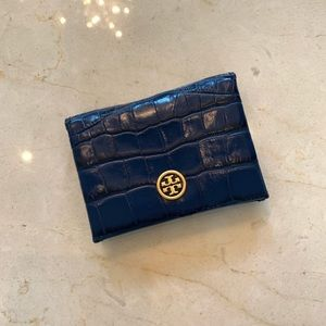 Tory Burch NWT $128 Parker Embossed Wallet